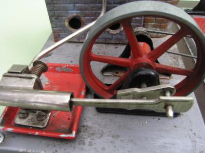 Spielzeug, Dampfmaschine