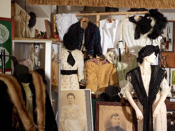 Kleidung der Kaiserzeit