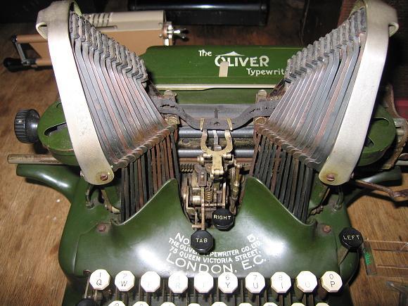 2007 Schreibmaschine Oliver, London